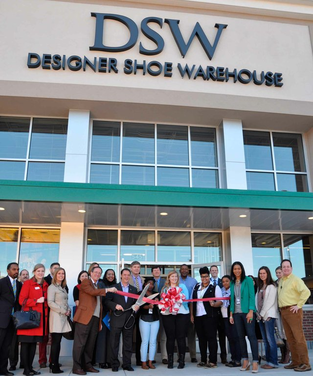 DSW Ribbon Cutting