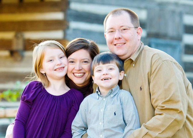 0712 aTeam Ministries Thrower Family Photo