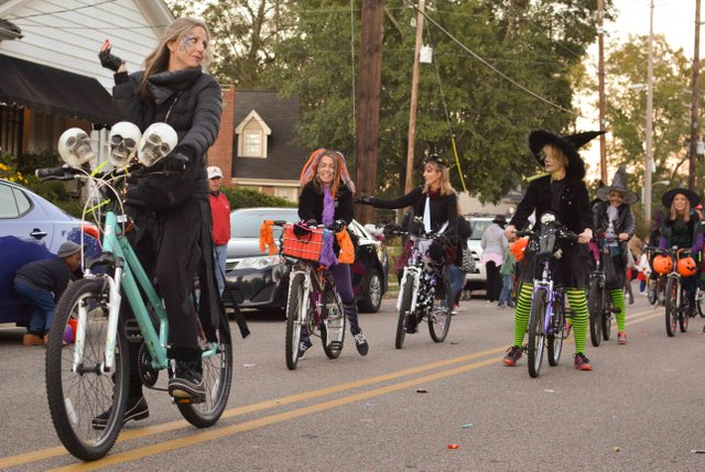 2017 Homewood Witches Ride-11.jpg