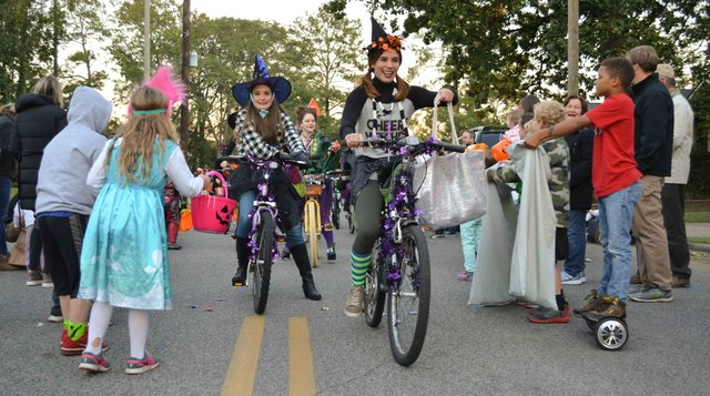 2017 Homewood Witches Ride-12.jpg