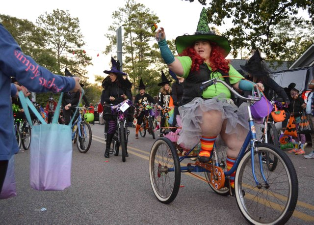 2017 Homewood Witches Ride-14.jpg
