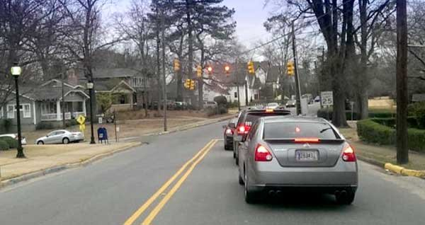 Council considers removing three signals on Oxmoor Road