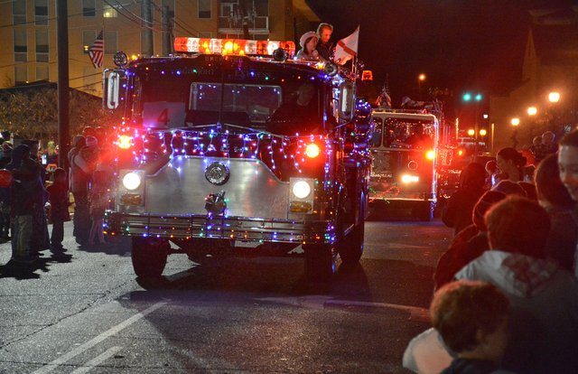EVENTS---Christmas-Parade.jpg