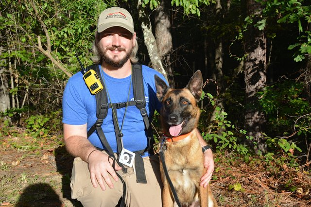 FEAT Red Mountain Search Dog Association1.JPG