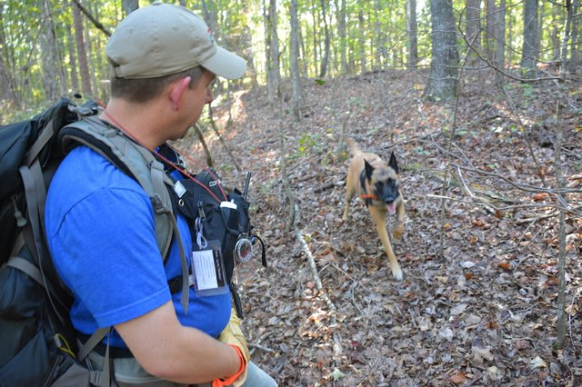 FEAT Red Mountain Search Dog Association5.JPG
