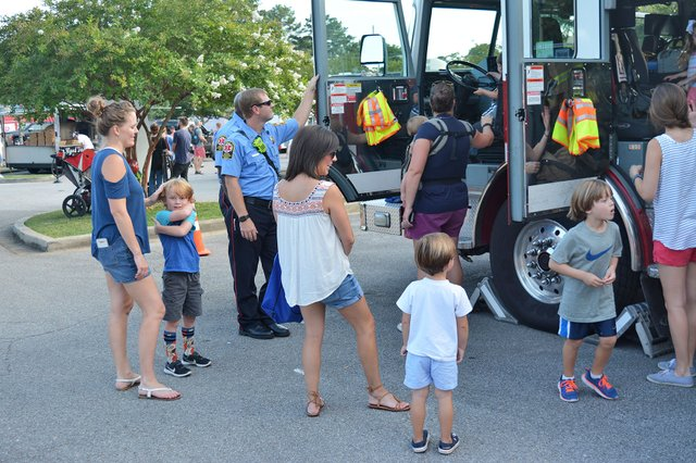 EVENTS---Homewood-NNO-2017_10.jpg