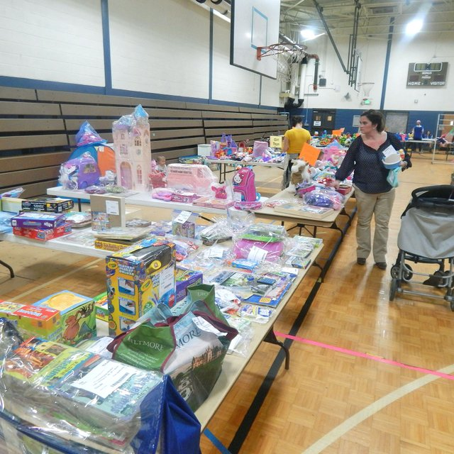 STAR-EVENTS-Lil'-Lambs-Consignment-Sale17.jpg