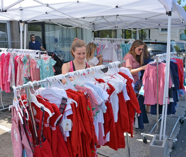 STAR-EVENTS-sidewalk-sale.jpg
