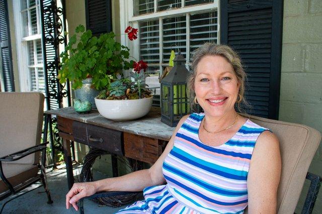 WIB-Julie-Ivy-White.jpg