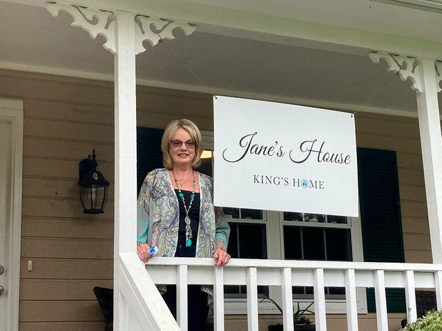 COMM---Janes-House_1.jpg