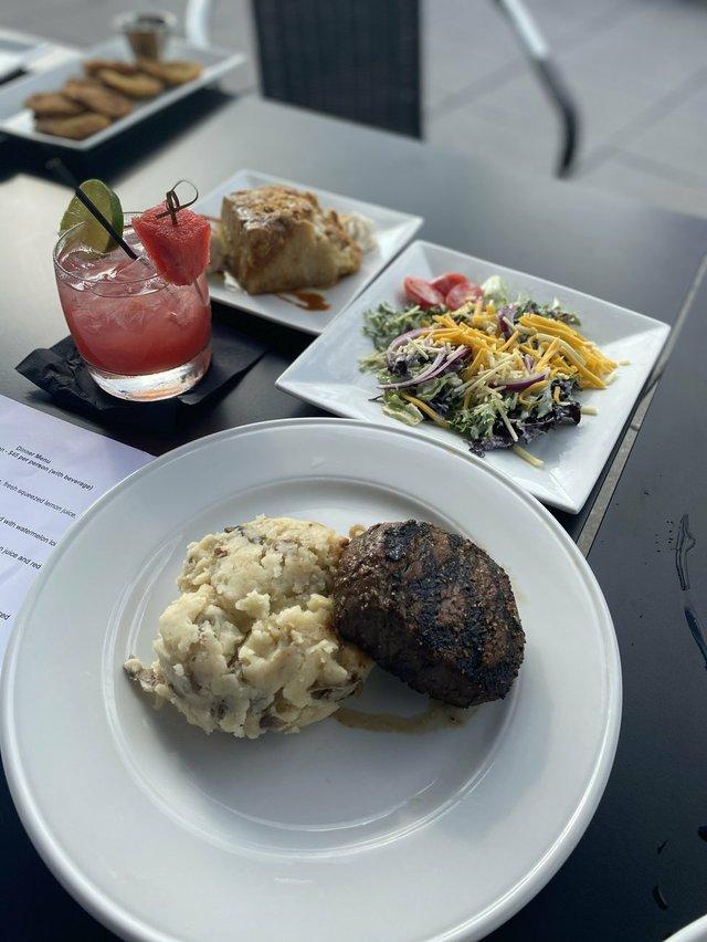 Michael's Restaurant.jpg