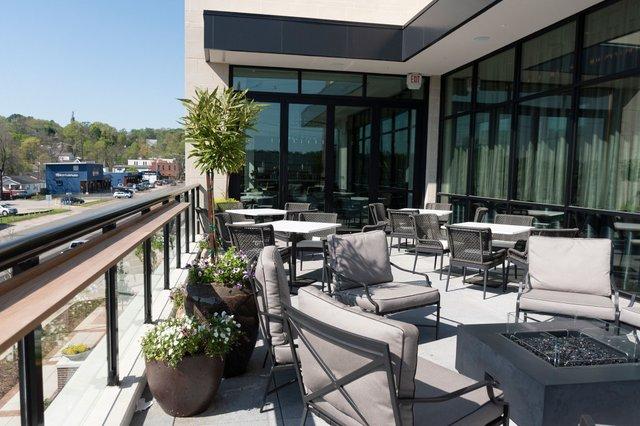 BIZ_210405_ValleyHotelRestaurants_IS5.jpg