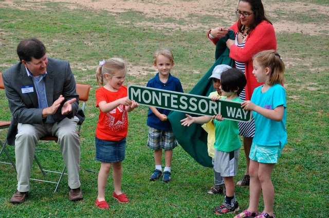 Montessori Way Sign 1