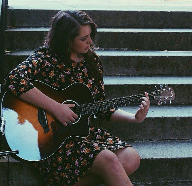 Caroline Sims Guitar Music