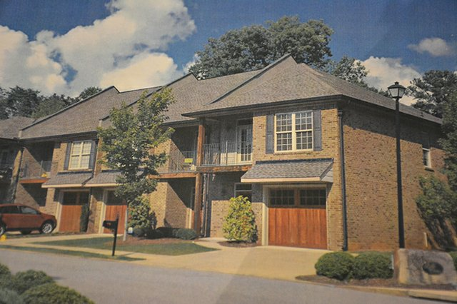 Columbiana Road townhomes