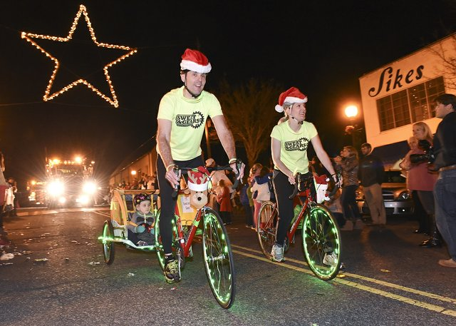 Homewood Christmas Parade 2015_16.JPG