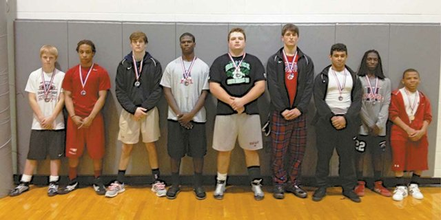 0413 HHS wrestlers
