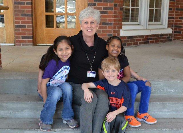 0413 Shades Cahaba Elementary Sue Grogan