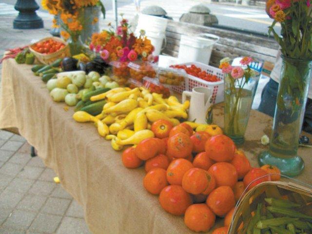 0512 Urban Cookhouse Famer's Market