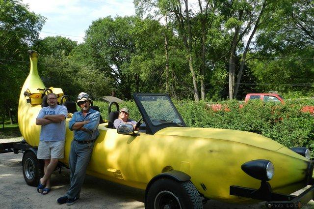 0513 Banana Car