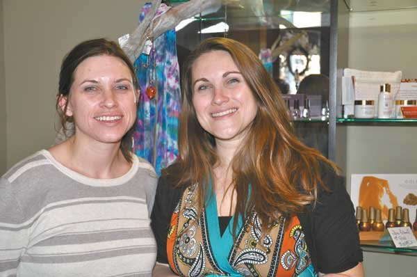 0513: Carrie Wheelock and Alicia Liddon