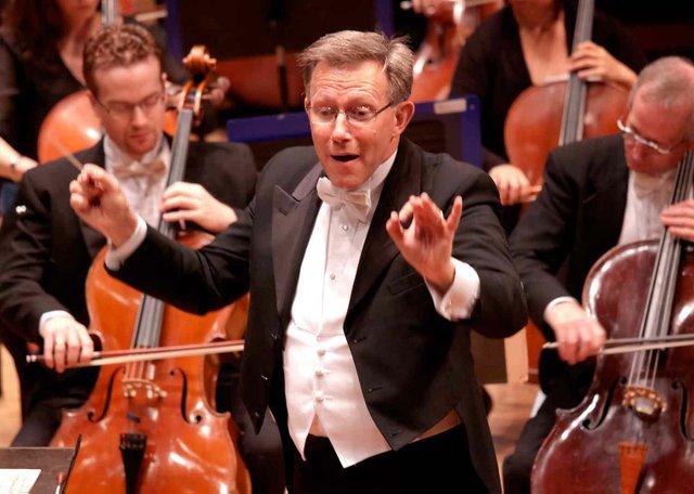 0813 Alabama Symphony Maestro