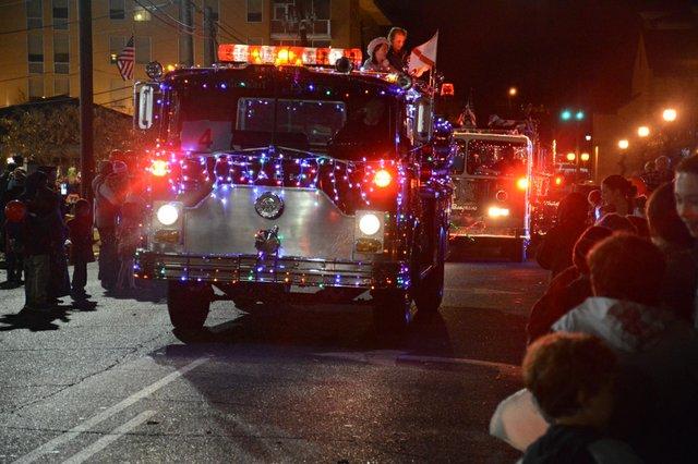 Homewood parade-48.jpg