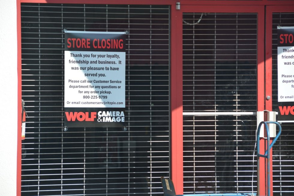 Wolf Camera closes - thehomewoodstar.com