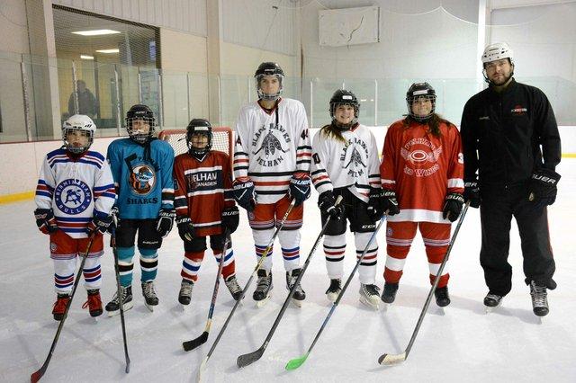 STAR-FEAT-HockeyKids1.jpg