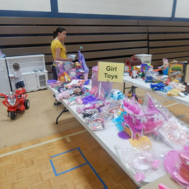 Lil' Lambs Consignment Sale-15.jpg